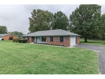 Photo one of 150 Hillview Dr Martinsville IN 46151   MLS 21817110