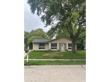 Photo one of 9604 Meadowlark Dr Indianapolis IN 46235   MLS 21817182