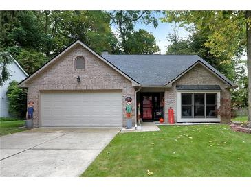 Photo one of 3653 Crickwood Cir Indianapolis IN 46268   MLS 21817576