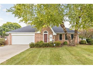 Photo one of 1221 Briarwood Dr Brownsburg IN 46112 | MLS 21817667