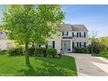 Photo one of 6775 Woodcliff Cir Zionsville IN 46077   MLS 21817734