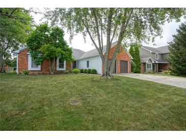 Photo one of 11643 Capistrano Dr Indianapolis IN 46256 | MLS 21817766