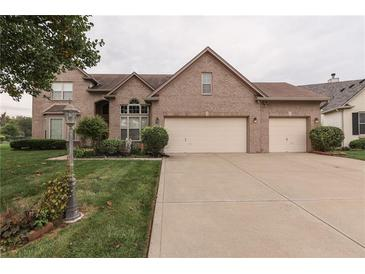 Photo one of 3113 Shadow Lake Dr Indianapolis IN 46217 | MLS 21817890