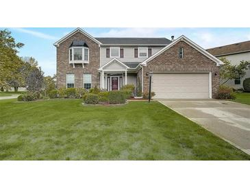 Photo one of 6328 Creekview Ln Fishers IN 46038   MLS 21817916