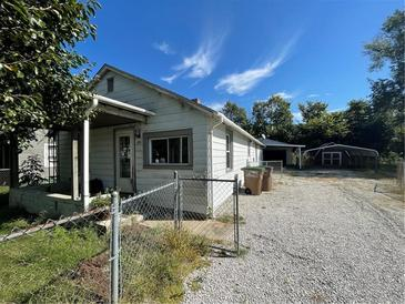 Photo one of 365 Parkway Dr Columbus IN 47201   MLS 21817969