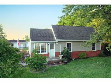 Photo one of 1475 E 400 N Greenfield IN 46140 | MLS 21818286
