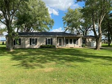 Photo one of 311 N 600 E Greenfield IN 46140 | MLS 21818299