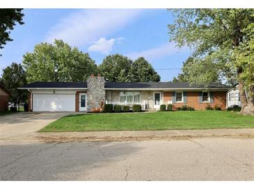 Photo one of 1850 Sunrise St Martinsville IN 46151   MLS 21818349