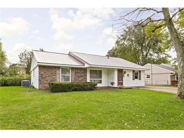 Photo one of 1195 Barefoot Trl Greenwood IN 46142   MLS 21818397