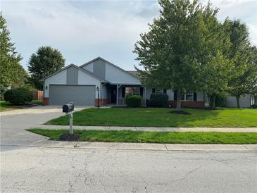 Photo one of 5586 Pine Knoll Blvd Noblesville IN 46062   MLS 21818738