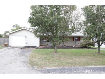 Photo one of 586 Falcon Dr Columbus IN 47201 | MLS 21818761