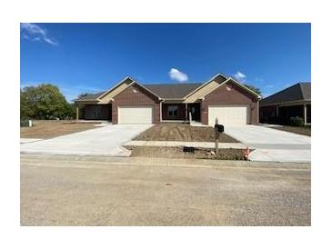 Photo one of 12751 N Commons E Dr Mooresville IN 46158 | MLS 21818778