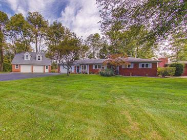 Photo one of 2120 S Clark Rd Shelbyville IN 46176 | MLS 21819054