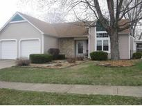 View 3301 Oak Tree Dr Indianapolis IN