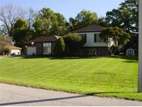 View 503 Hickory Dr Greenfield IN