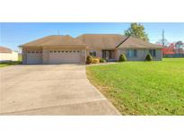 View 7460 Oakview Dr Avon IN