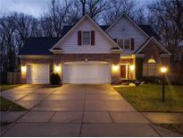 View 8717 Sommerwood Dr Noblesville IN