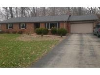 View 2840 Daugherty Dr Zionsville IN