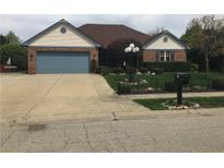 View 1382 Autumn Dr Mooresville IN