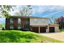 View 7545 Turnberry Ct Indianapolis IN