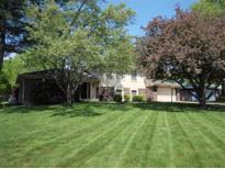 View 322 Woodland West Dr Greenfield IN