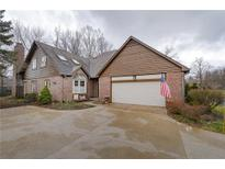 View 2043 Oldfields Cir S Drive Indianapolis IN