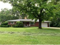View 2234 Redfern Dr Indianapolis IN