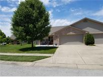 View 4030 Oak Trail Dr Indianapolis IN