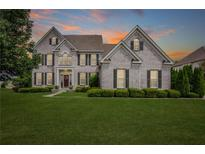 View 8838 Pin Oak Dr Zionsville IN
