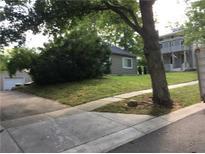 View 715 W Hawthorne St Zionsville IN