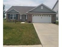 View 1706 N Creekwater Pass Greenfield IN
