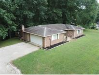 View 4291 E Lakeview Dr Martinsville IN