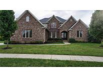 View 3236 Wildlife Trl Zionsville IN