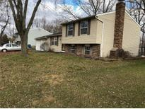 View 2867 Pawnee Dr Indianapolis IN