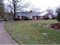 View 5718 Roxbury Ct Indianapolis IN