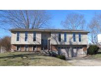 View 8818 Meadowridge Ln Indianapolis IN