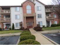 View 8911 Hunters Creek Unit 207 Dr # 207 Indianapolis IN