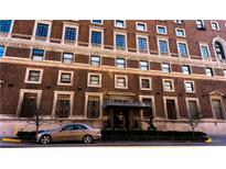View 350 N Meridian St # 408 Indianapolis IN