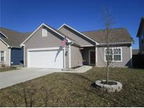 View 2475 Blackthorn Dr Franklin IN