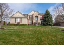View 3900 Heathfield Ct Zionsville IN
