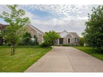 View 6769 Woodcliff Cir Zionsville IN