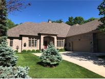 View 4663 Woods Edge Dr Zionsville IN