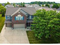 View 9346 N Storm Bay Cir McCordsville IN