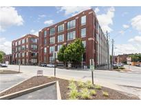View 624 E Walnut St # 43 Indianapolis IN