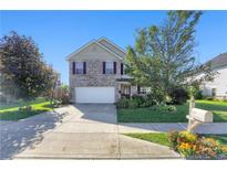 View 7133 N Chelmsford Dr McCordsville IN
