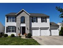 View 6276 Saddletree Dr Zionsville IN