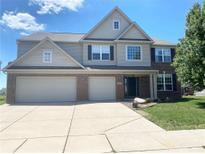 View 13032 Greendale Ln Fishers IN