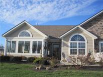 View 1033 Distinctive Way Greenfield IN