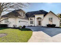 View 10953 Fairwoods Dr Fishers IN