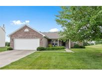 View 10953 Ashwood Dr Fishers IN